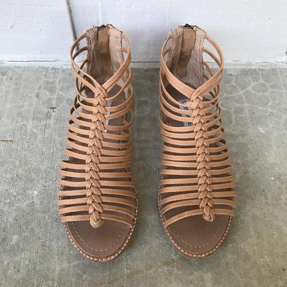 Steve Madden Shoes - Steve Madden Kaster Gladiator Sandal